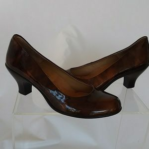Softspots Brown Patent Leather Pumps Heels